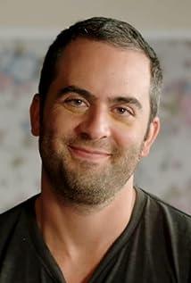 Julio Vincent Gambuto Picture