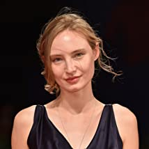 Julia Roy