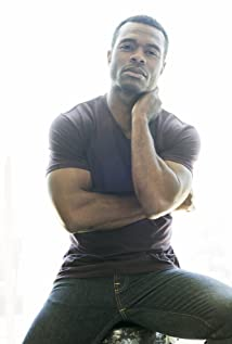 Lyriq Bent Picture