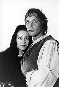 Catherine Hubeau and Olivier Nolin in Le colchique et l'étoile (1974)