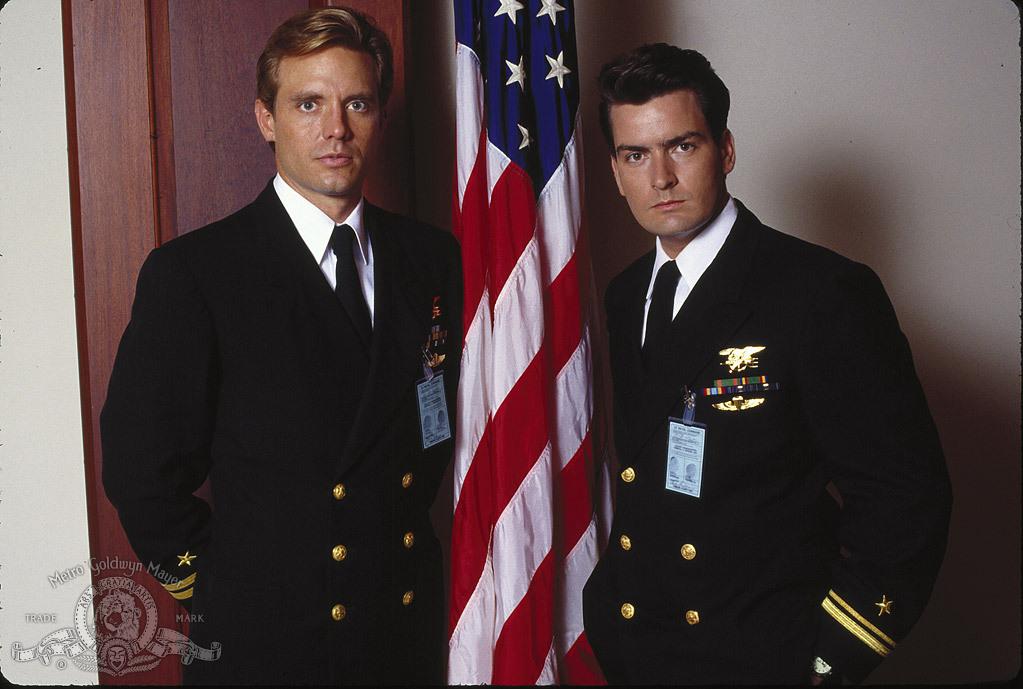Charlie Sheen and Michael Biehn in Navy Seals (1990)