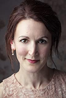 Kate Russell-Smith Picture