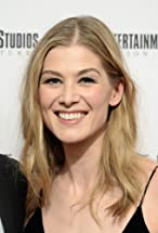 Rosamund Pike's primary photo