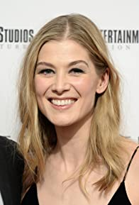 Primary photo for Rosamund Pike