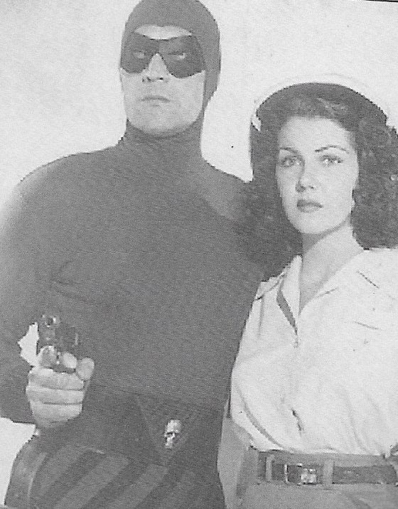 Jeanne Bates and Tom Tyler in The Phantom (1943)