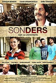 Ferhan Sensoy, Ekin Türkmen, Ece Uslu, and Durul Bazan in Son ders (2008)