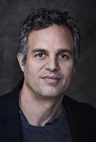 Primary photo for Mark Ruffalo