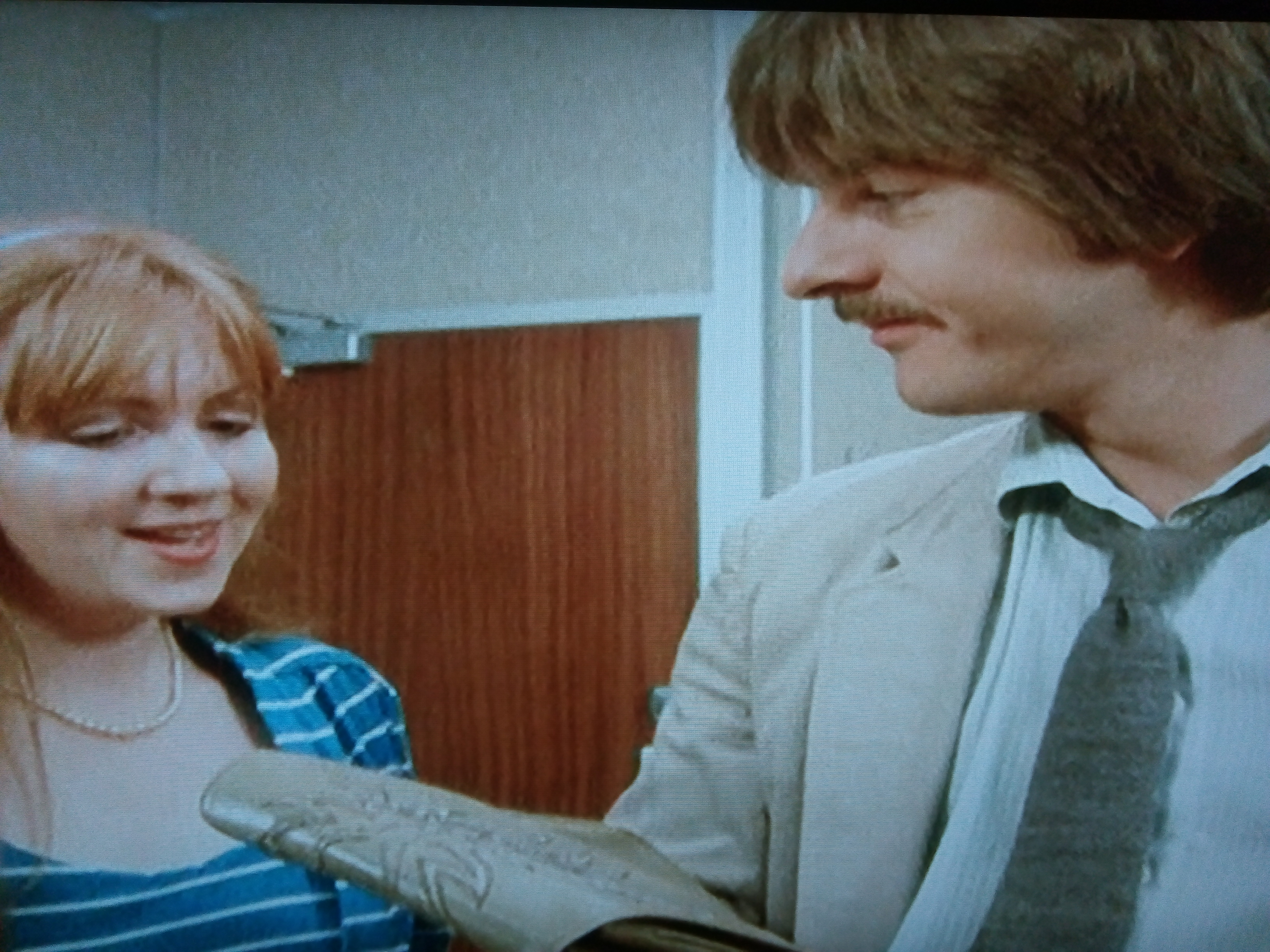 Liz Crowther and Trevor Eve in Shoestring (1979)