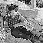Nikos Lykiardopoulos in To fylahto tis manas (1965)