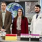 Wil Wheaton, Mayim Bialik, and Jim Parsons in The Big Bang Theory (2007)