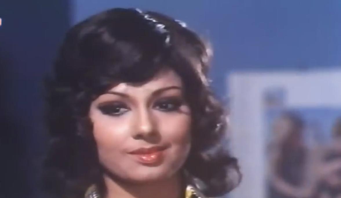 Padma Khanna in Maa (1976)