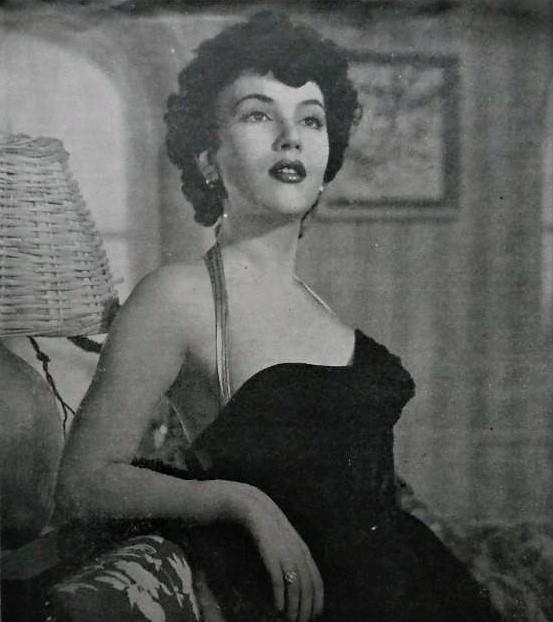 Isabel de Castro in Mercado prohibido (1952)