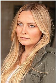 Lindsey Haun Picture