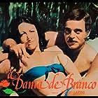 Rubens de Falco and Anna Zelma in A Dama de Branco (1978)