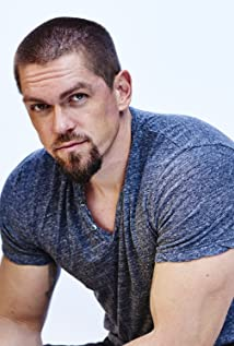 Steve Howey Picture