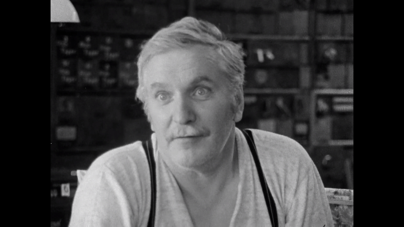 Jean Duceppe in Peut-être Maurice Richard (1971)