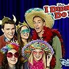 Olivia Holt, Austin North, Peyton Clark, Sarah Gilman, and Piper Curda in I Didn't Do It (2014)