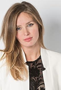 Leona Paraminski Picture
