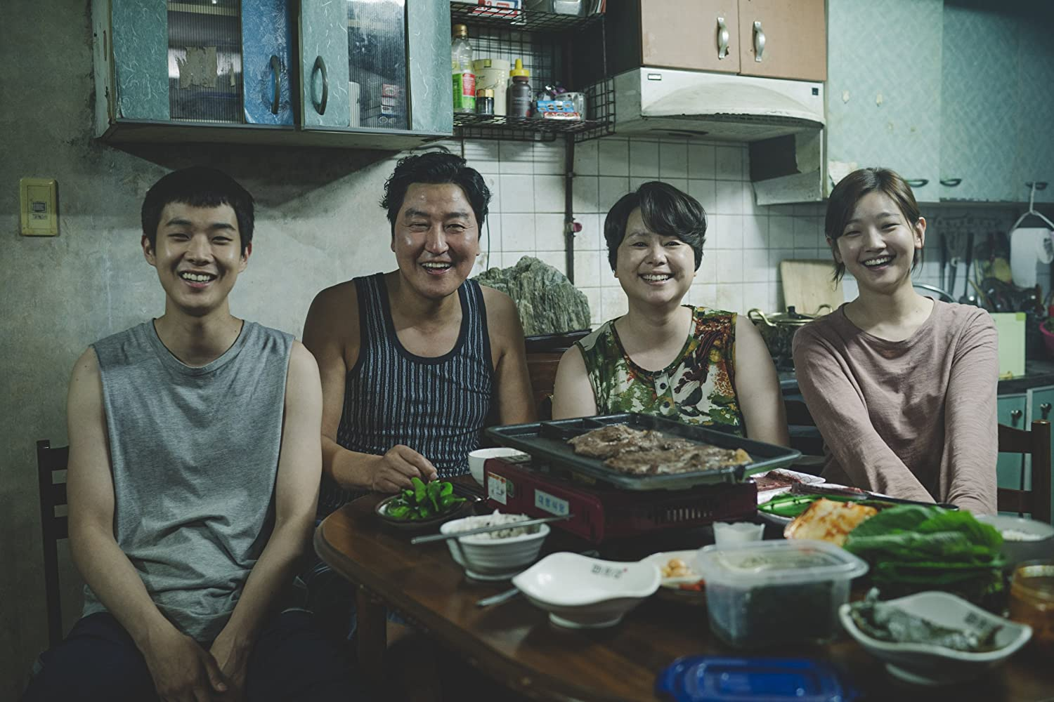 Kang-ho Song, Hye-jin Jang, Woo-sik Choi, and So-dam Park in Gisaengchung (2019)