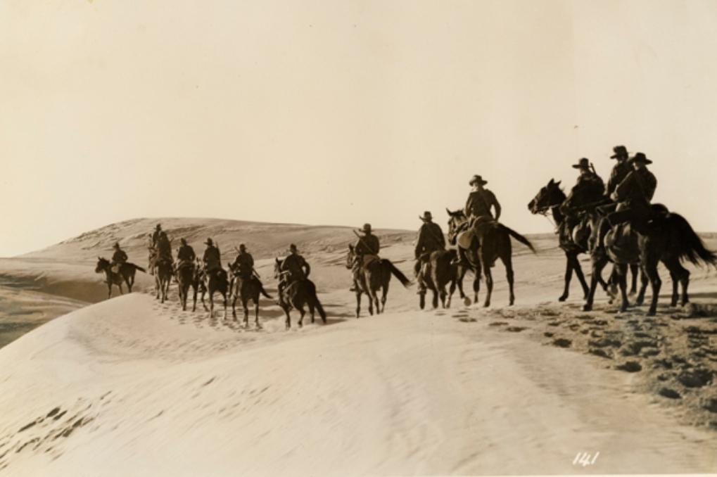 War Movie : 40000 Horsemen (1940)