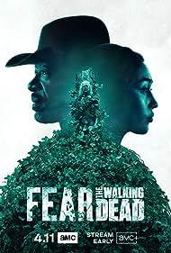 Lennie James and Alycia Debnam-Carey in Fear the Walking Dead (2015)