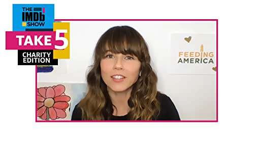 """How Well Does """"Dead to Me"""" Star Linda Cardellini Know Herself?"""