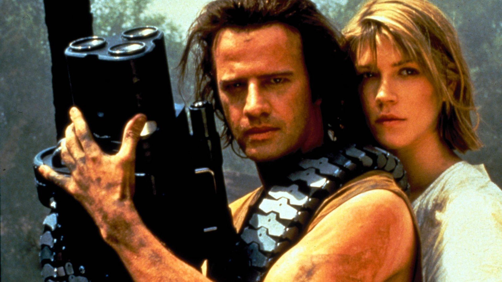 Christopher Lambert and Loryn Locklin in Fortress (1992)