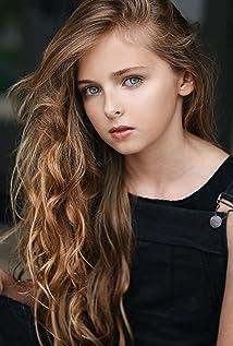 Isabella Kai Picture