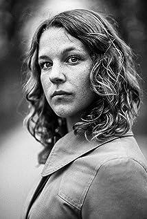 Josefin Neldén Picture