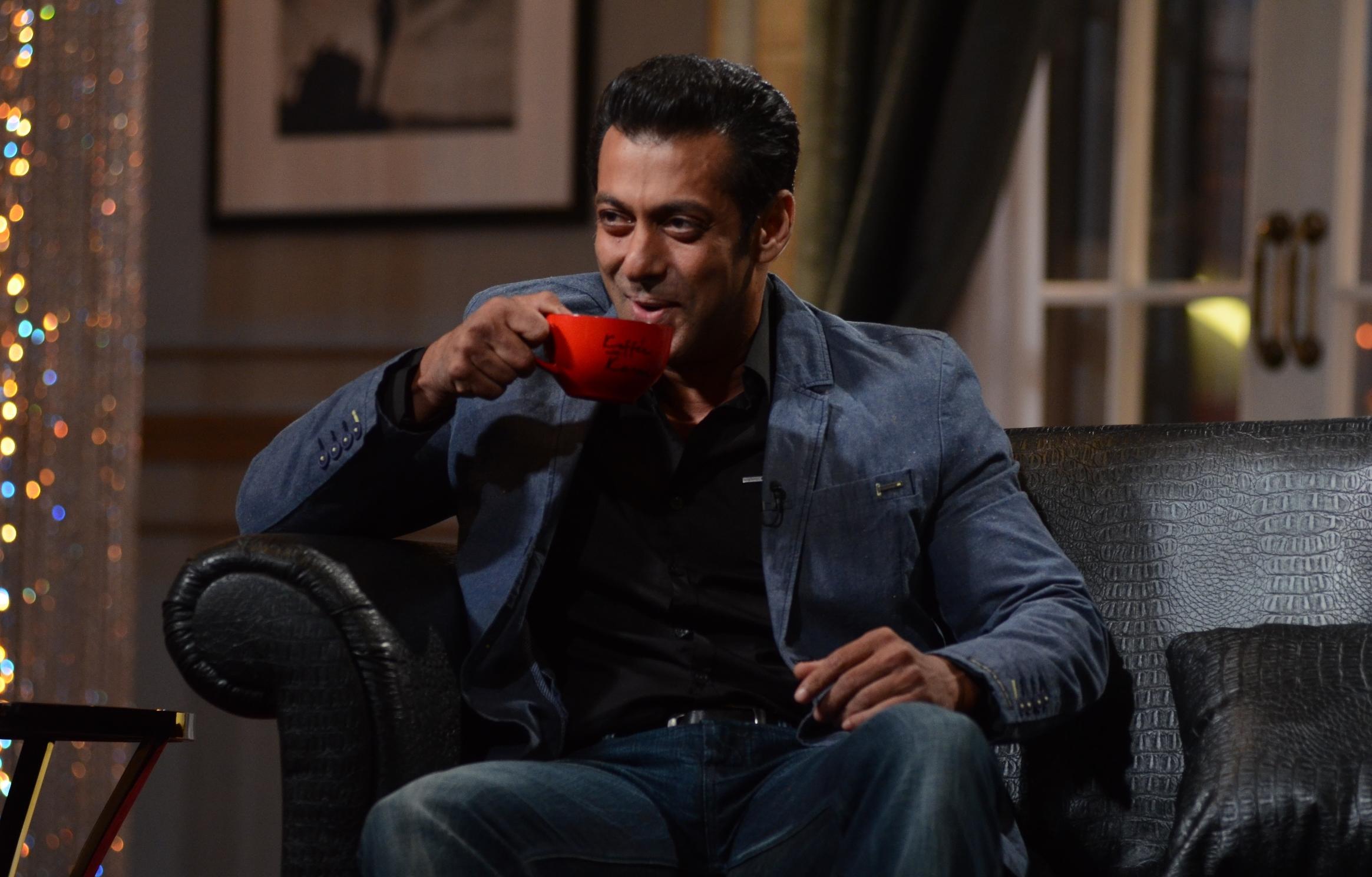 """دانلود زیرنویس فارسی فیلم """"Koffee with Karan"""" Salman Khan and Salim Khan"""