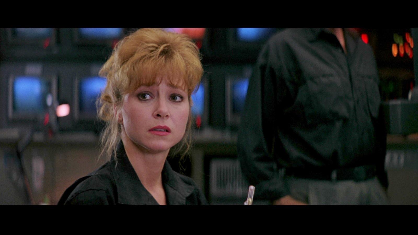 Lisa Eilbacher in Leviathan (1989)