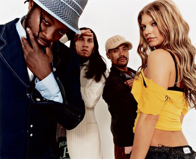 دانلود زیرنویس فارسی فیلم The Black Eyed Peas: Don't Stop the Party
