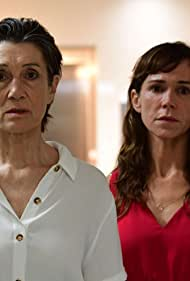 Frances O'Connor and Harriet Walter in The End (2020)