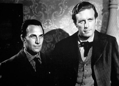 Lawrence Tierney and Tom Tyler in Badman's Territory (1946)