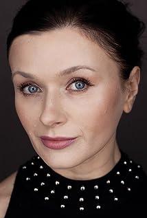 Irina Dvorovenko Picture