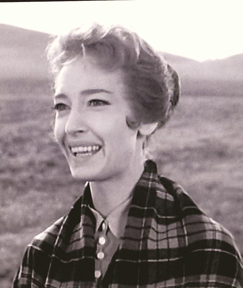 Carlene Aguilar (b. 1982) picture
