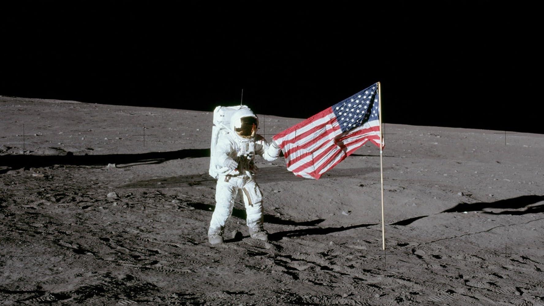 نتيجة بحث الصور عن Neil Armstrong