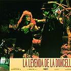 Sara Bonet and Mario Pardo in La leyenda de la doncella (1994)
