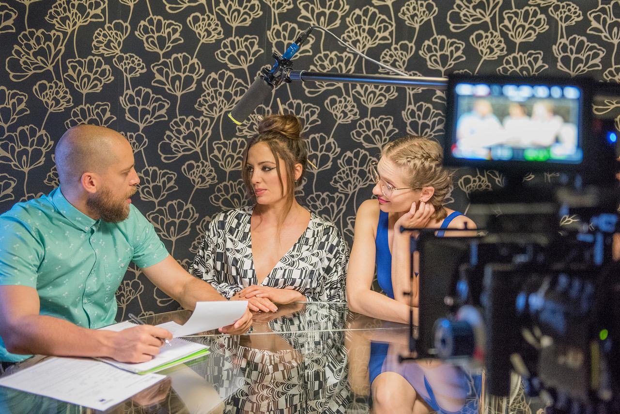 María Hervás, Ana del Arco, César Montegrifo, and Álvaro Lafora in Call TV (2017)