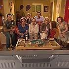 Maria João Abreu, Helena Isabel, Natalina José, Rosa Lobato Faria, Joaquim Nicolau, Linda Silva, and Martinho Silva in Aqui Não Há Quem Viva (2006)