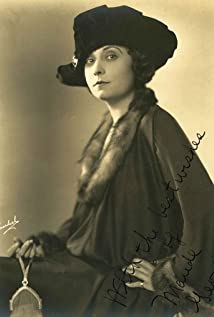 Maude George Picture