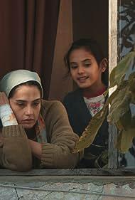 Funda Eryigit and Cemre Zisan Sagbir in Bir Baskadir (2020)