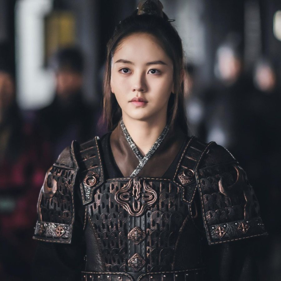 Kim So-Hyun in River Where the Moon Rises (2021)