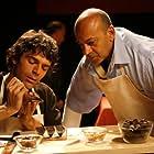 Hassani Shapi and Luca Argentero in Lezioni di cioccolato (2007)