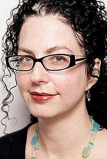 Emily Nussbaum Picture