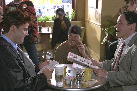 """Mark Steven Johnson (center) directs Ben Affleck (left) and Jon Favreau (right) on the set of """"Daredevil""""."""
