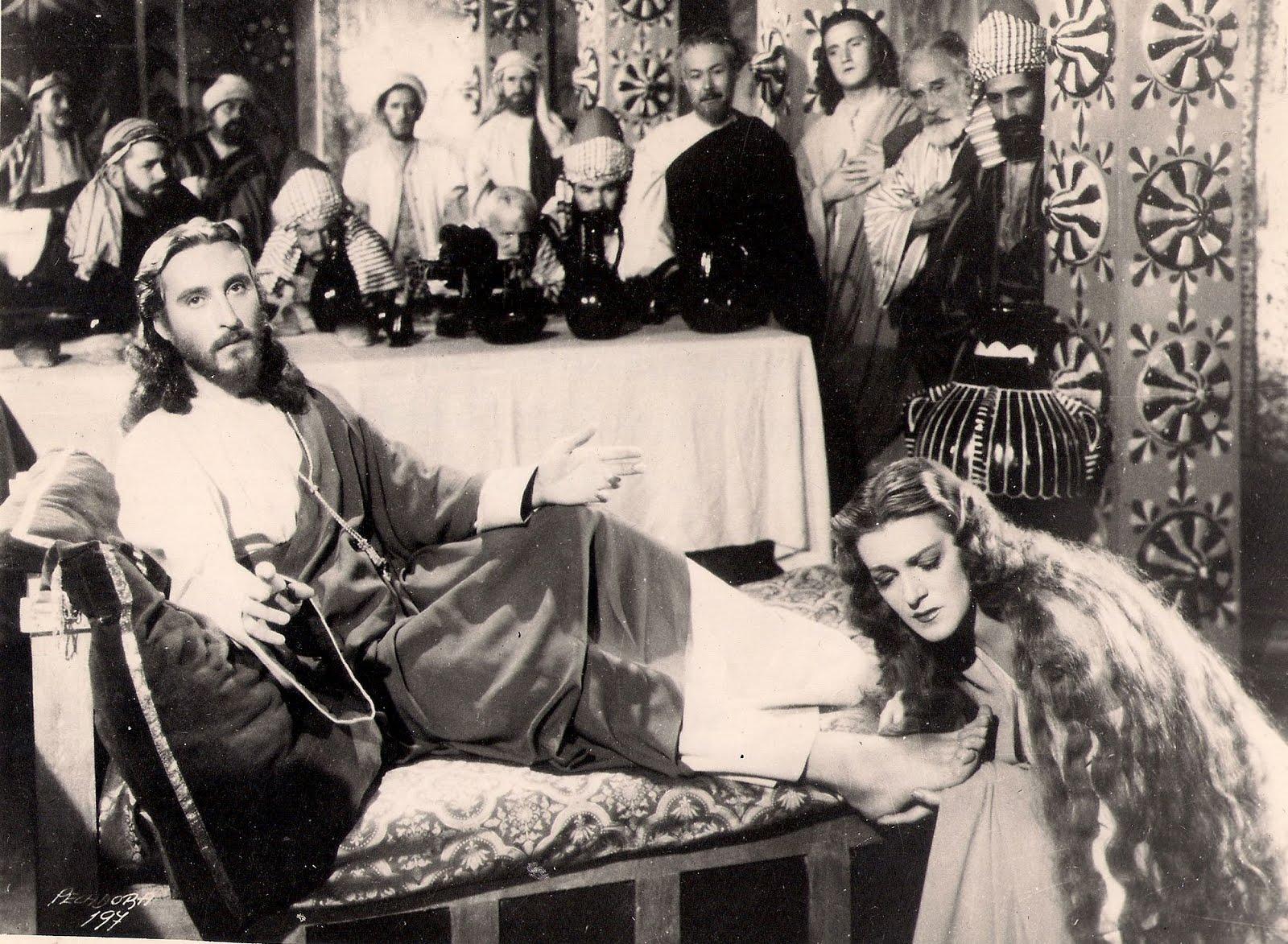 Luis Alcoriza, Rafael Banquells, Edmundo Espino, and Medea de Novara in María Magdalena, pecadora de Magdala (1946)