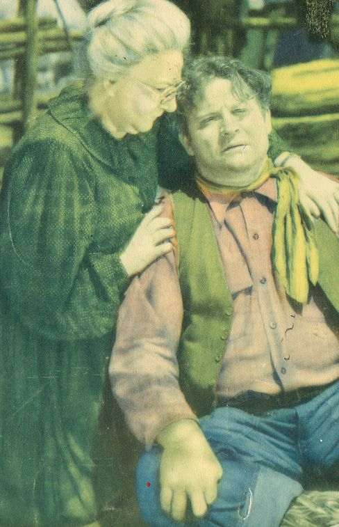 Lillian Castle and Fred Kohler in Lightning Triggers (1935)