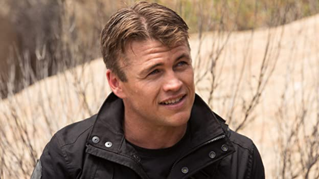 "Luke Hemsworth, the eldest brother of Liam and Chris Hemsworth, returns for season 3 of ""Westworld"" as security officer Ashley Stubbs. What other roles has he played over the years?"