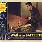 Michael Fox and Dick Miller in War of the Satellites (1958)